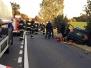 Wypadek samochodu ciężarowego i dwóch samochodów osobowych.